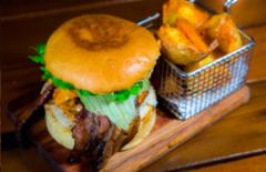 Cupom de desconto - 27% OFF em Mini-hambúrguer ou Hambúrguer Gourmet
