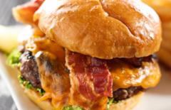 Cupom de desconto - 27% OFF em The Classic Burger com Batata Rústica