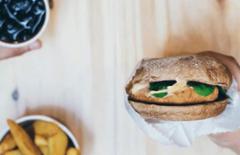Cupom de desconto - 29% OFF em Pepper Chicken ou Monster Burger