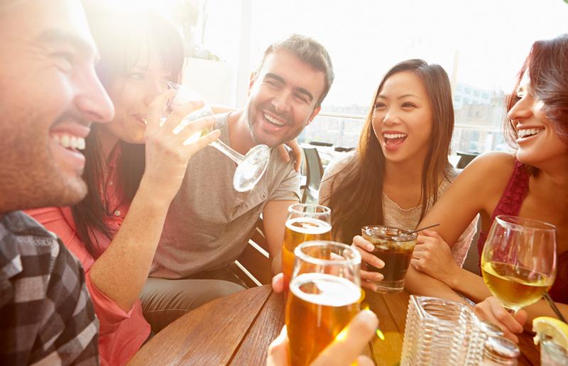 Cupom de desconto - 44% OFF em Happy Hour com Bebida Liberada