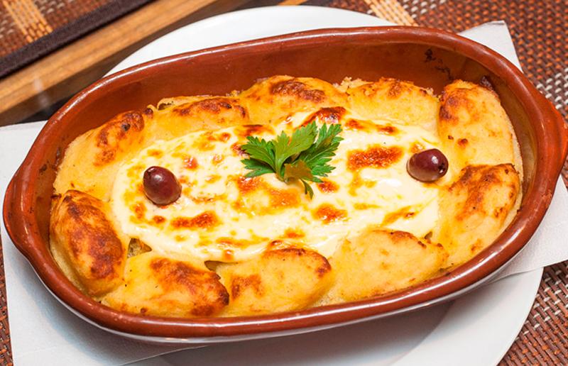 Cupom de desconto - 44% OFF em Jantar para 2: Entrada, Prato e Sobremesa